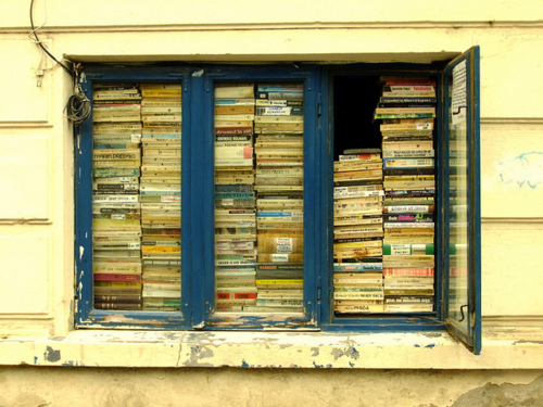 Buku, buku, BUKU!