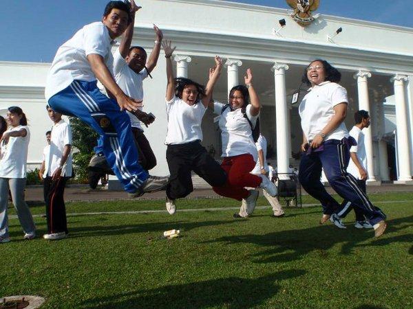 Lompat-lompat di Istana Bogor, Agustus 2010
