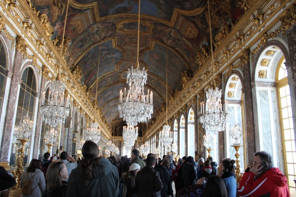 The also too-crowded hall of mirrors, reminded me of Midnight in Paris
